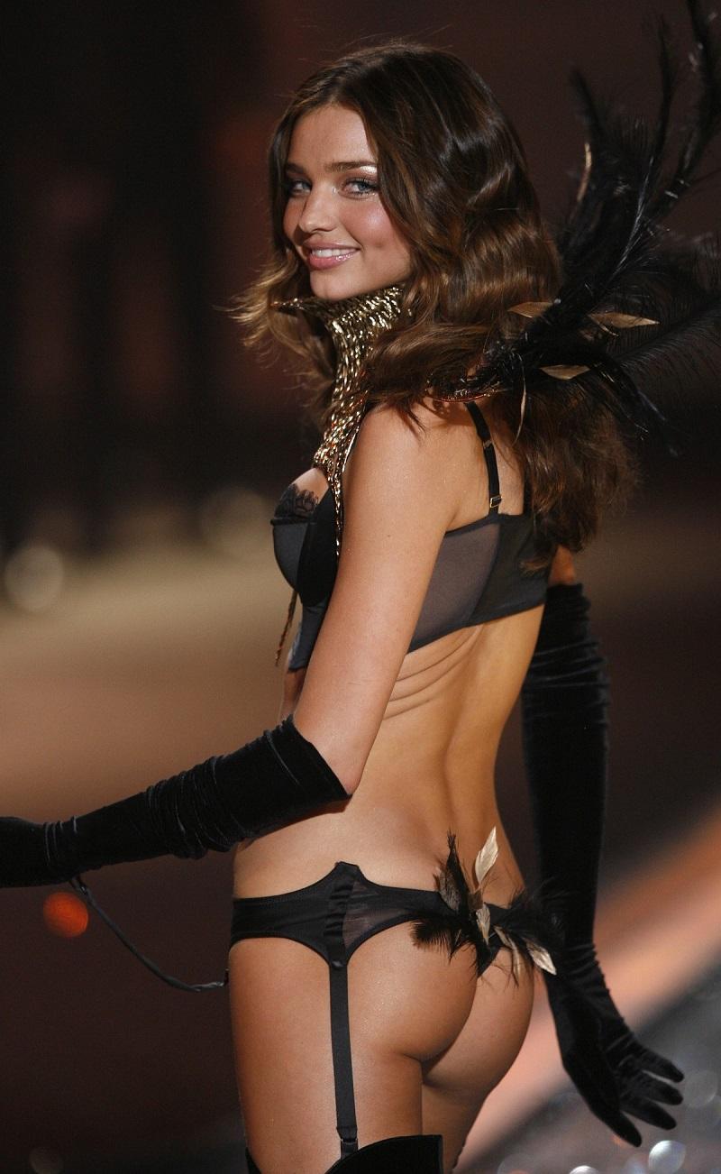 Model Kerr на Victoria's Secret Fashion Show