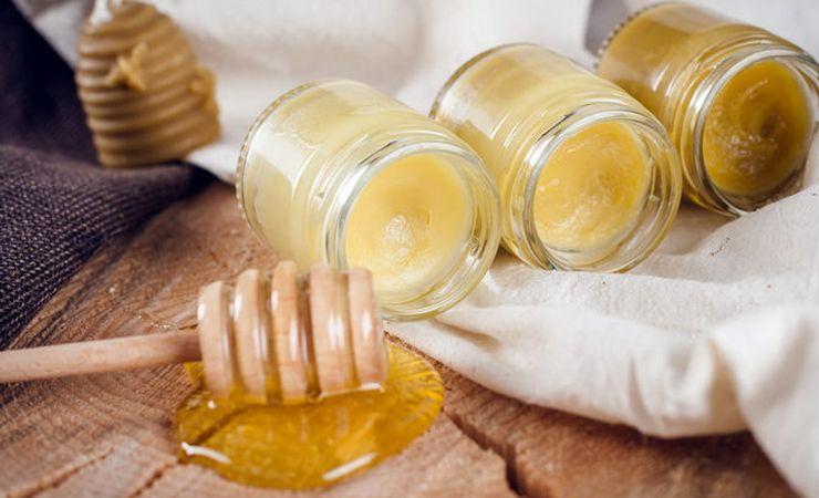 Мазь из меда и соды