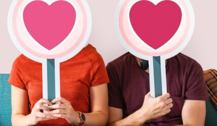 Как познакомиться на сайте знакомств?